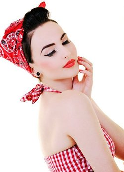 Pin Up Hair Achieve The Retro And Fun Look Of A Pin Up