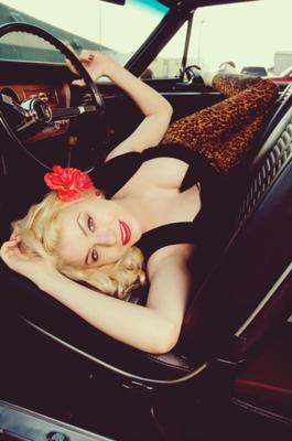 best birthday present ever; a little pinup shoot with KeKe Photography!